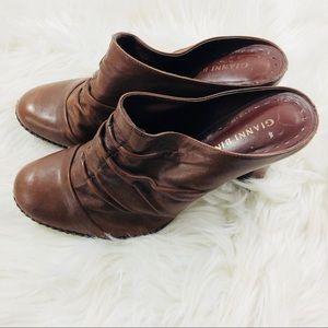 Gianni Bini Women Brown Slip On Mule Heels 9M